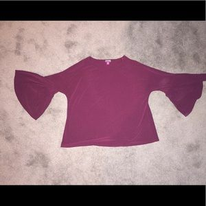 EUC Wine Colored Vince Camuto Bell Sleeve Top. M